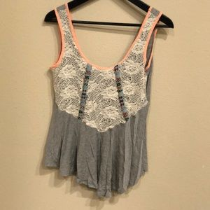 Daytrip tank top size medium